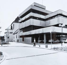 "Der Neubau (""Betonbau"") des historischen museums frankfurt 1972. Foto: hmf"