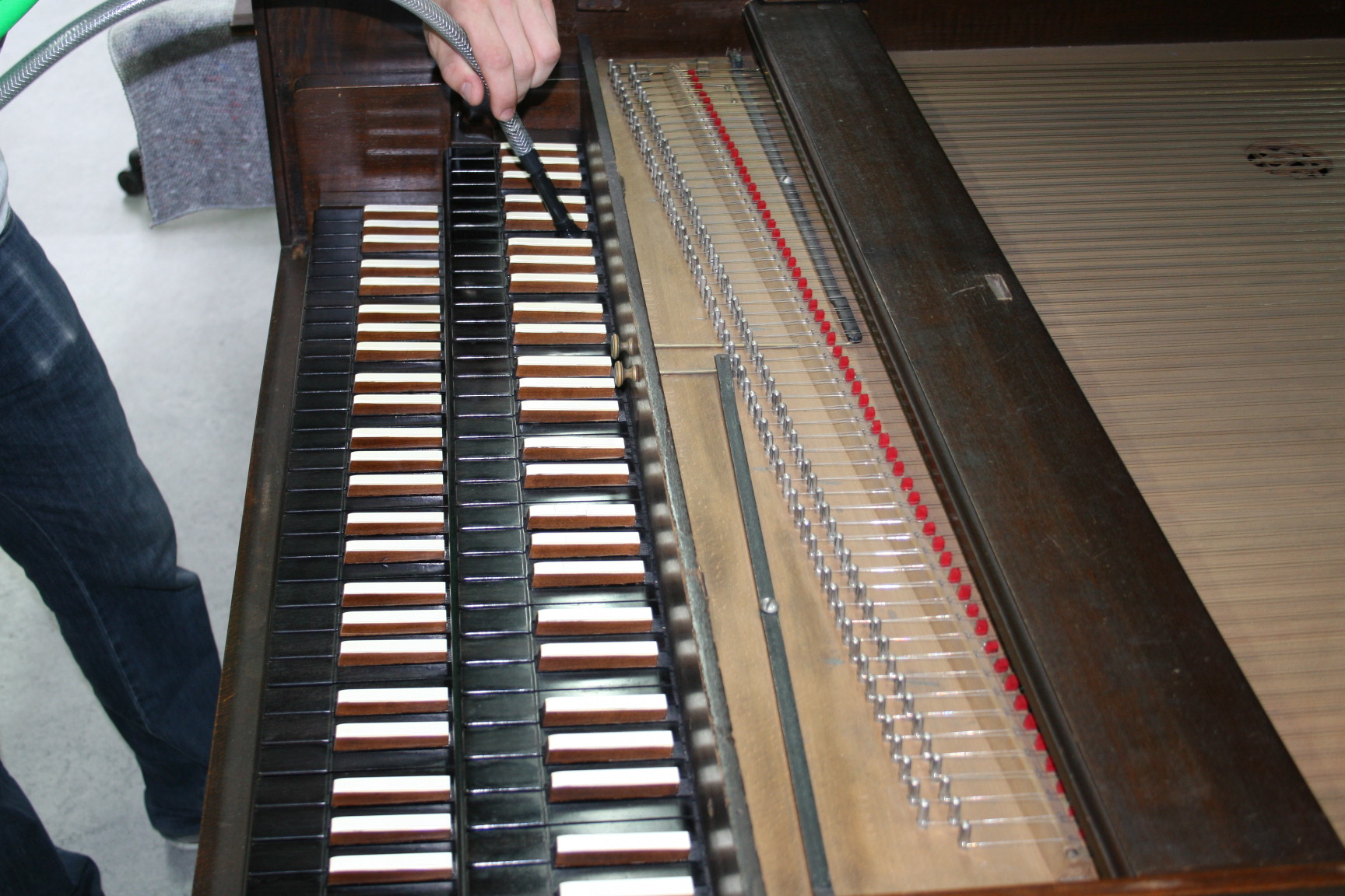 historisches museum frankfurt: Chembalo-Tastatur