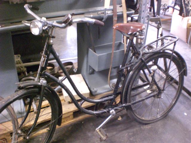 histroisches museum frankfurt: adler-fahrrad