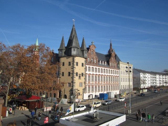 historisches museum frankfurt: im Sonnenschein im November 2011