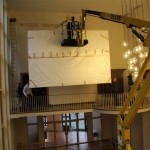 historisches museum frankfurt: Hängung der Tapisserie im Römer