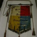 historisches museum frankfurt: Rückseite der Fahne des Käwern Clubs Bornheim von 1888