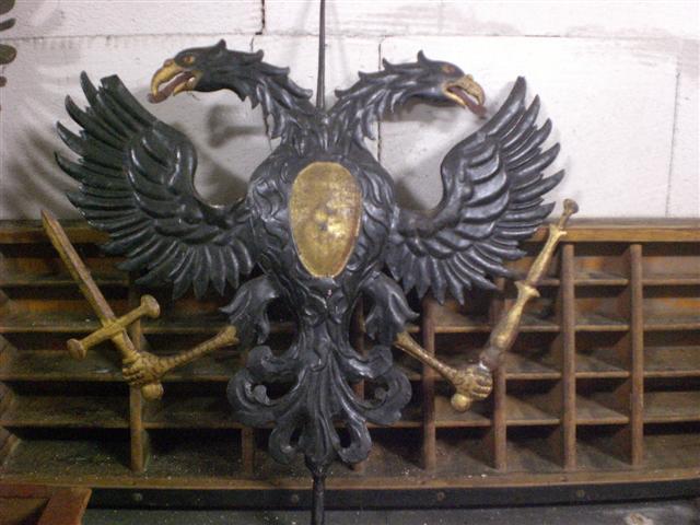 historisches museum frankfurt: Adler im Depot