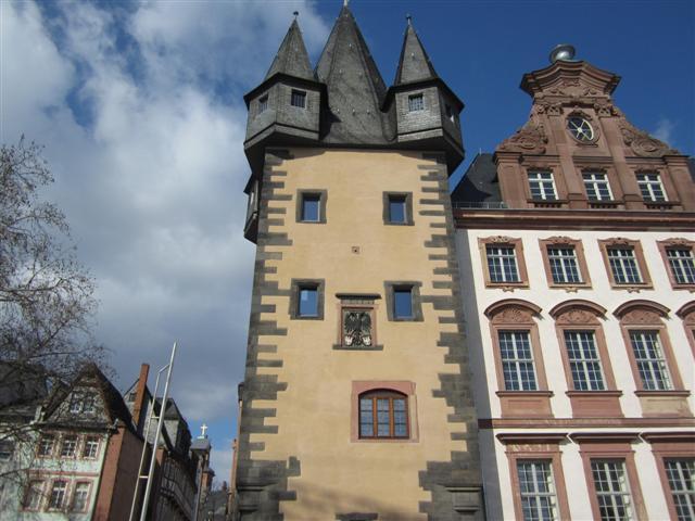 historisches museum frankfurt: Rententurm