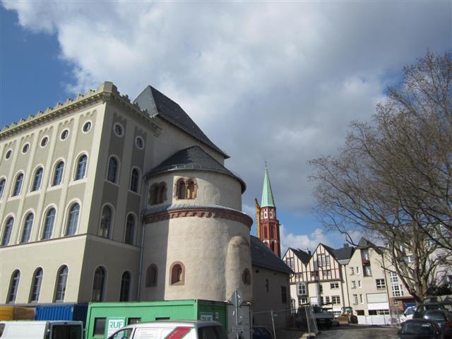 historisches museum frankfurt: Stauferturm und -kapelle
