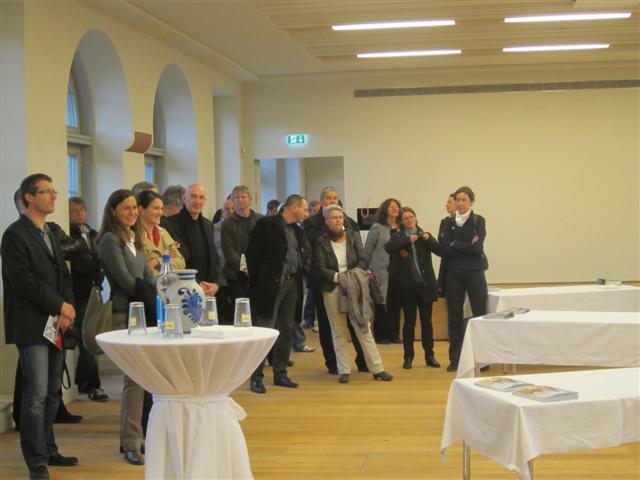 historisches museum frankfurt: Übergabe der Gebäude