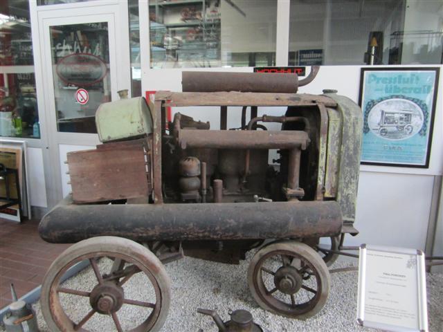 historisches museum frankfurt: Kompressor der Frankfurter Maschinenbau AG, Techn. Sammlung Hochhut
