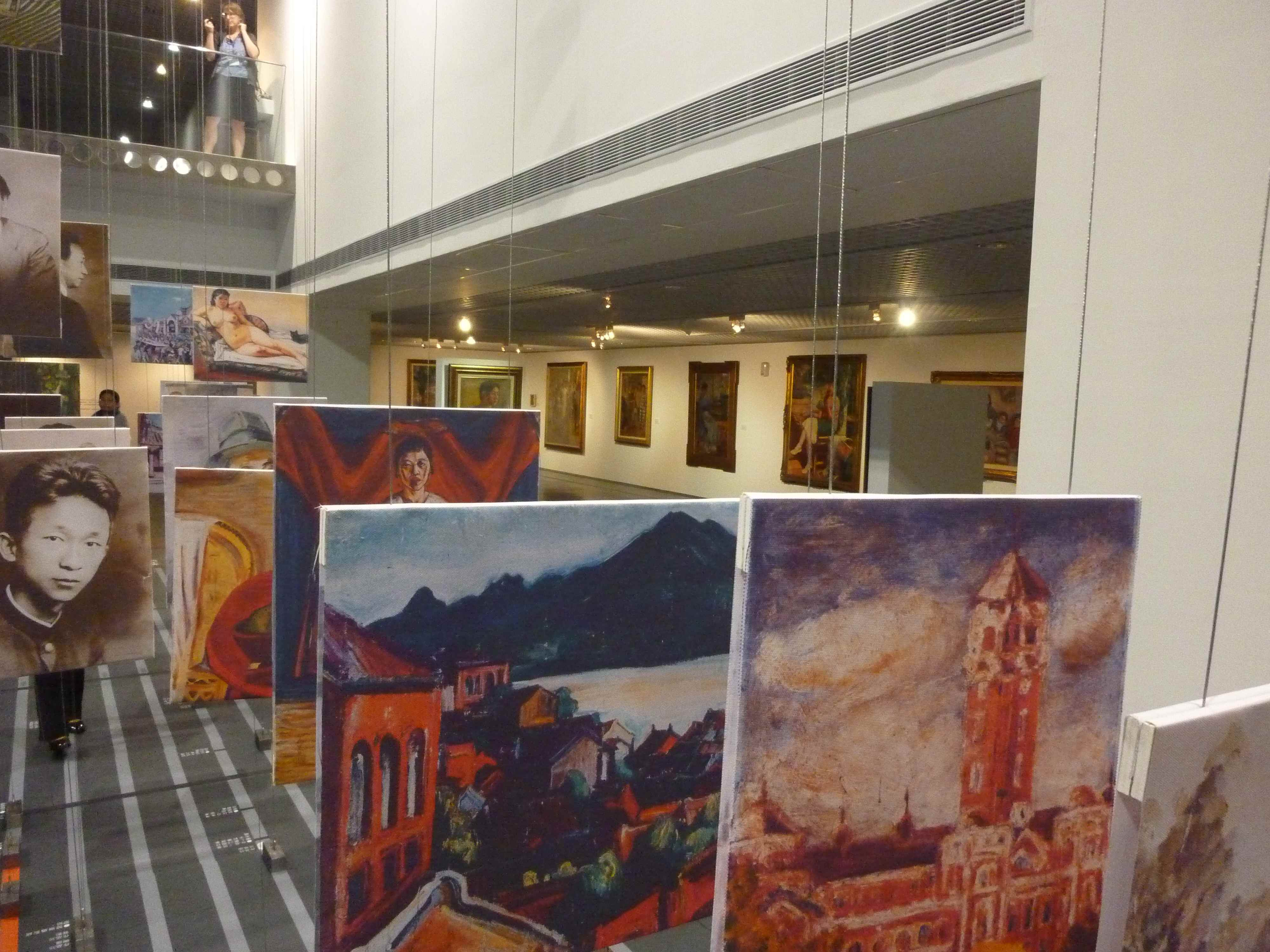 historisches-museum-frankfurt_begehbare Kunstgeschichte-galerie