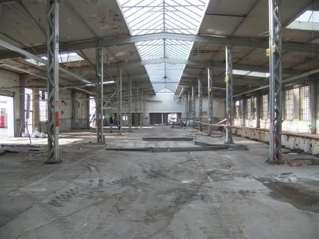 historisches museum frankfurt: die Halle vor dem Abriß
