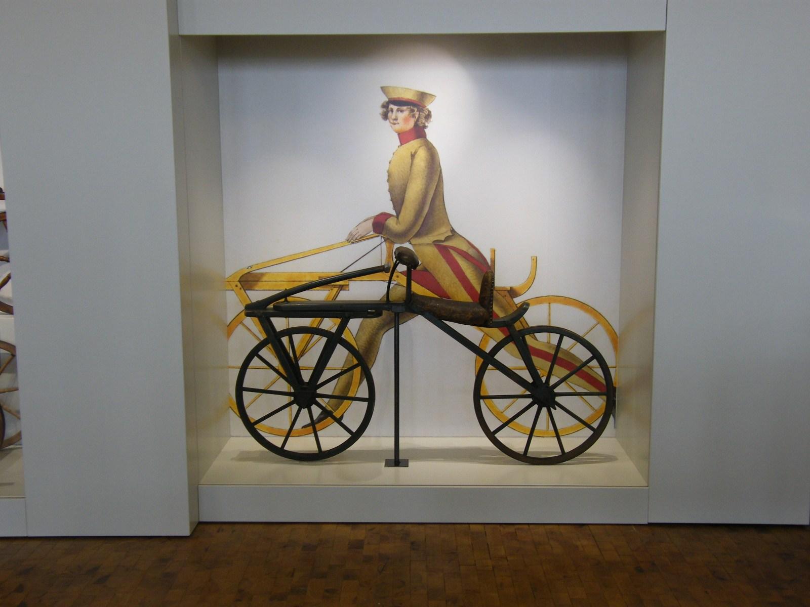 historisches museum frankfurt: Die Draisne steht im Technoseum