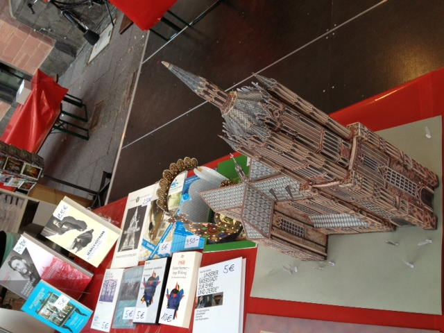 historisches museum frankfurt: Museumsuferfest mit Dom zum Selberbauen