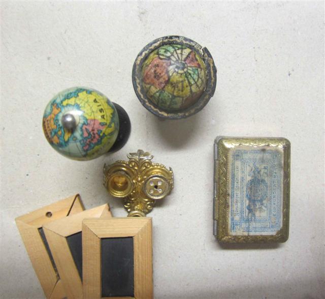 historisches museum frankfurt: Einzelteile der Papeterie