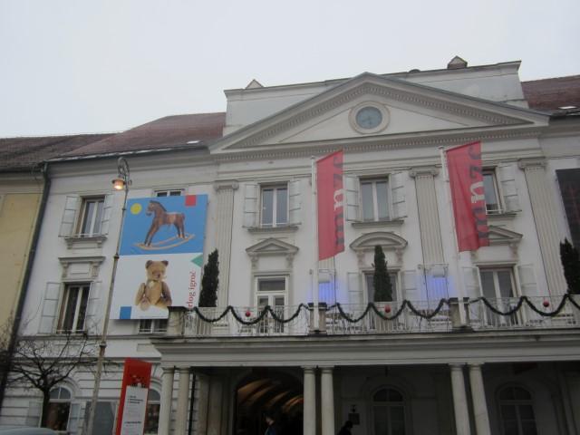 historisches museum frankfurt: COMCOL-Celje: The Museum of Recent History