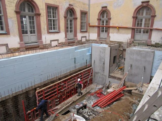 historisches-museum-frankfurt_ Ausgrabung-Stauferhafen-West
