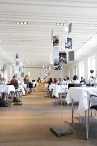 historisches museum frankfurt: Blick in den festlich geschmückten Sonnemannsaal, 11.7.15