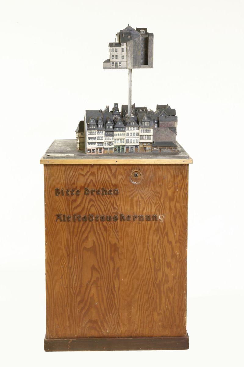 historisches museum frankfurt - Kurbelmodell 01
