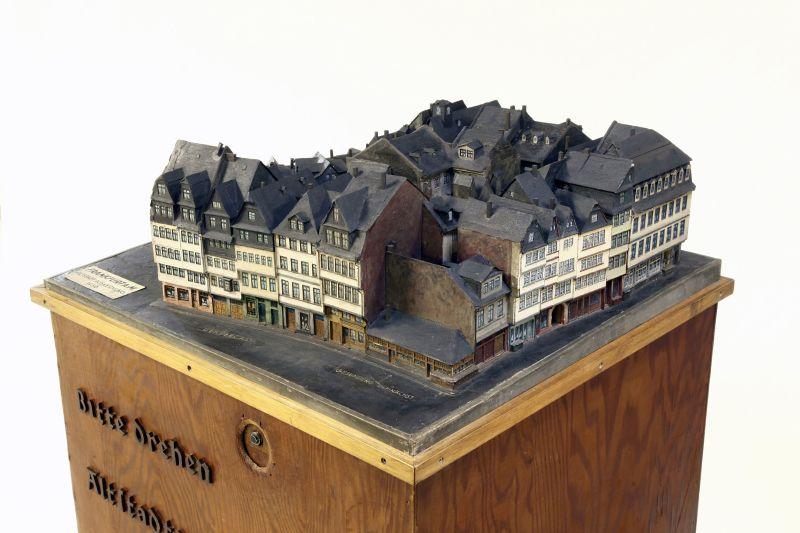 historisches museum frankfurt – Kurbelmodell 02