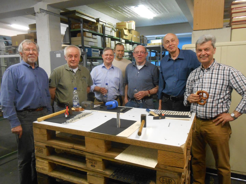 historisches museum frankfurt: Numismatische Gesellschaft: die fröhlichen Helfer
