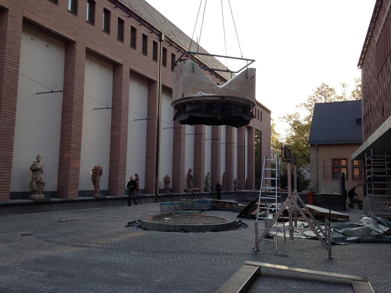 historisches museum frankfurt: Die Anlieferung des Persikops 5