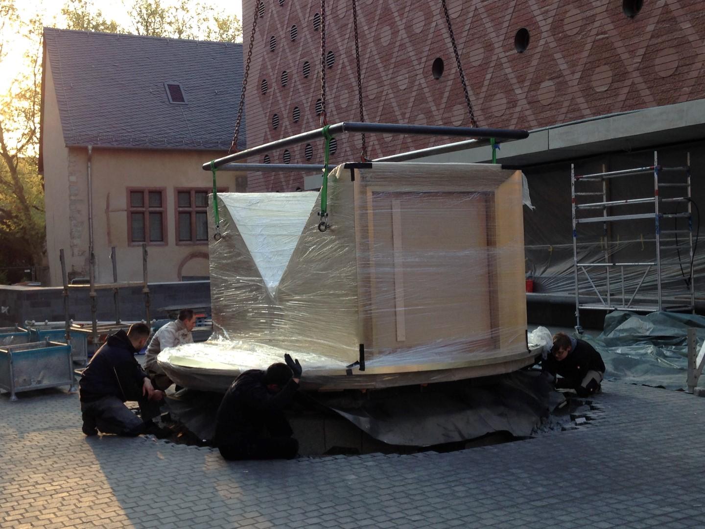 historisches museum frankfurt: Die Anlieferung des Persikops 9