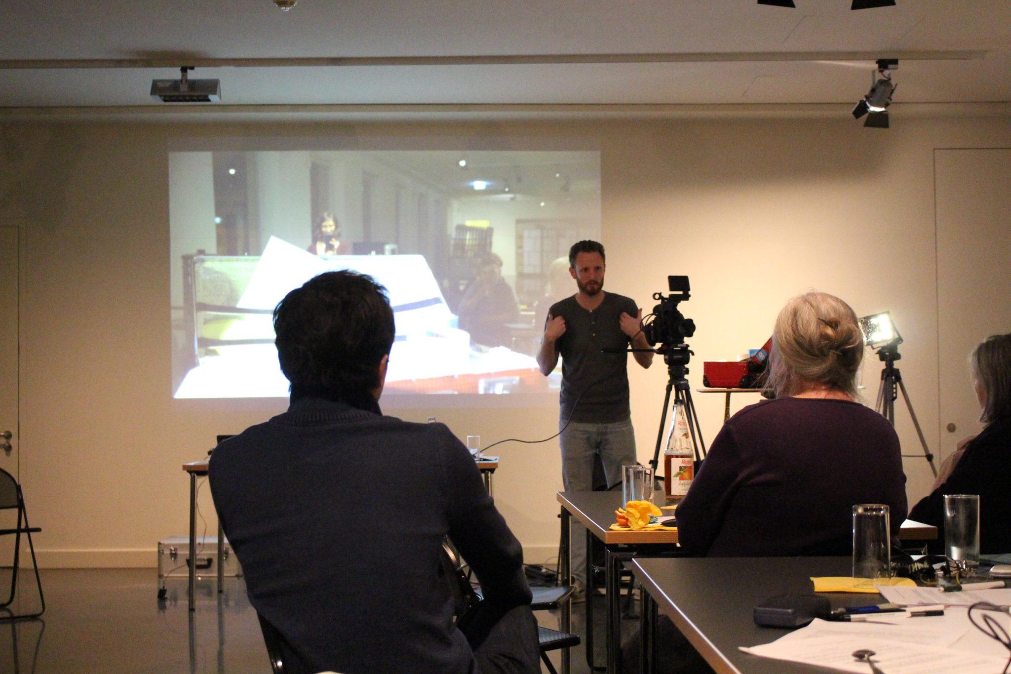 Julian Vogel teaches at camera workshop (15.03.2017)