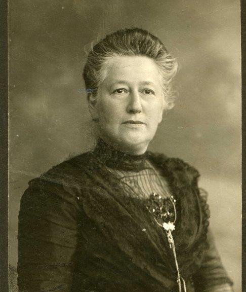 Porträt von Henriette Fürth
