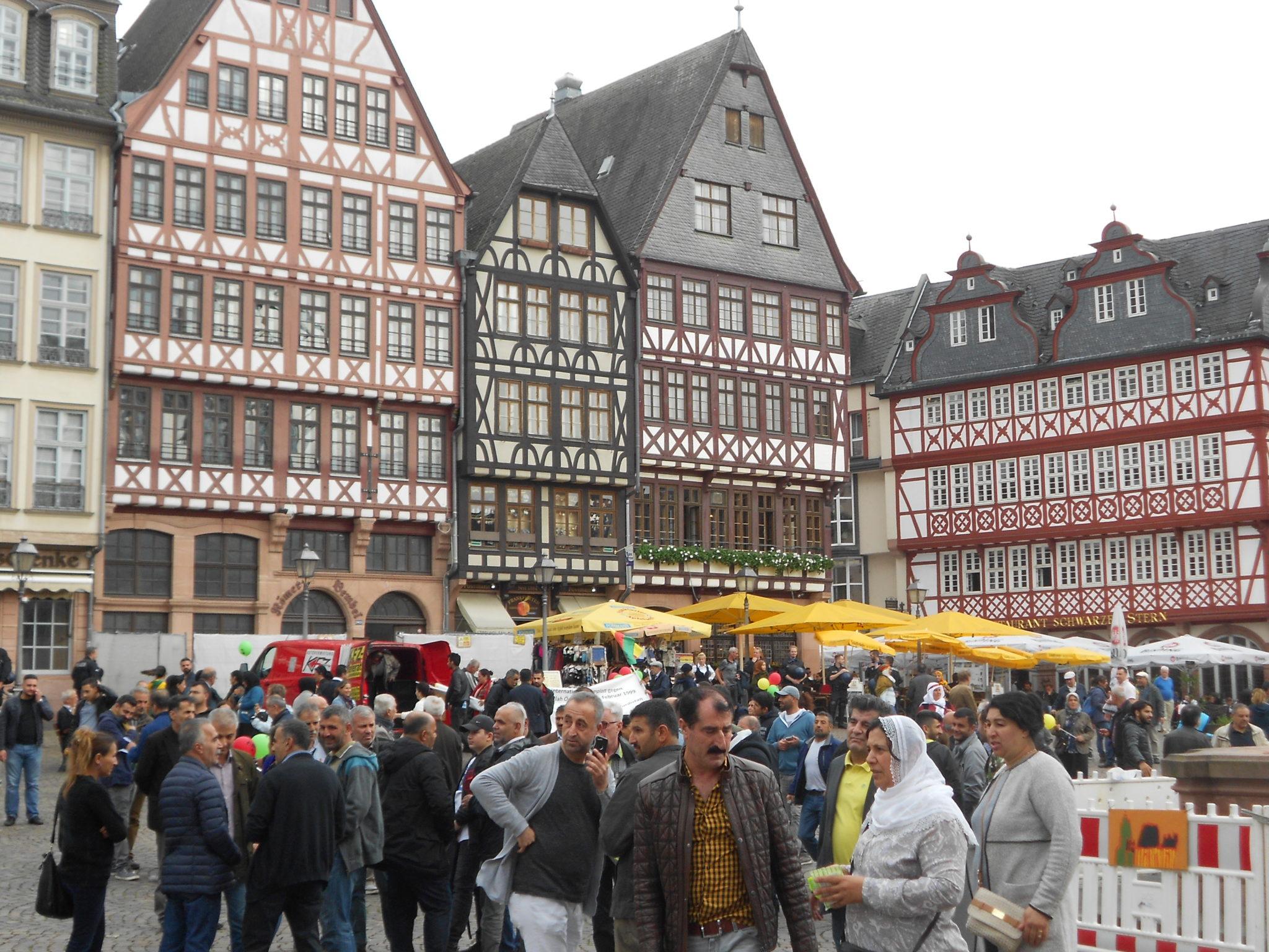Demo auf dem Römerberg
