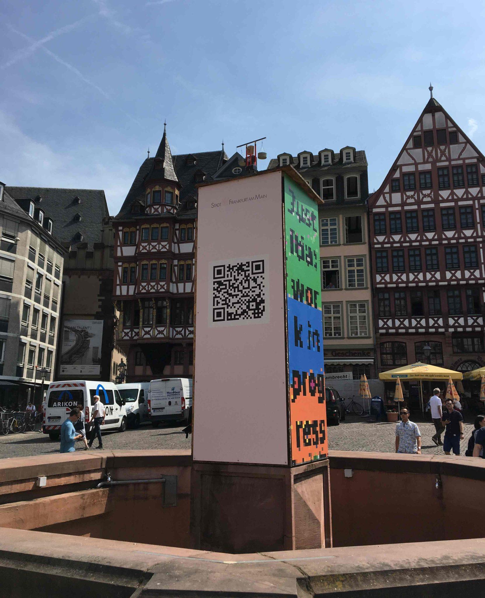 das Kunstwerk auf dem Römerberg